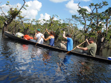 Jamu Lodge - Canoe trip